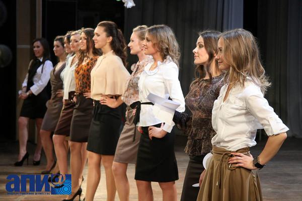 Выпускницы конкурс красоты